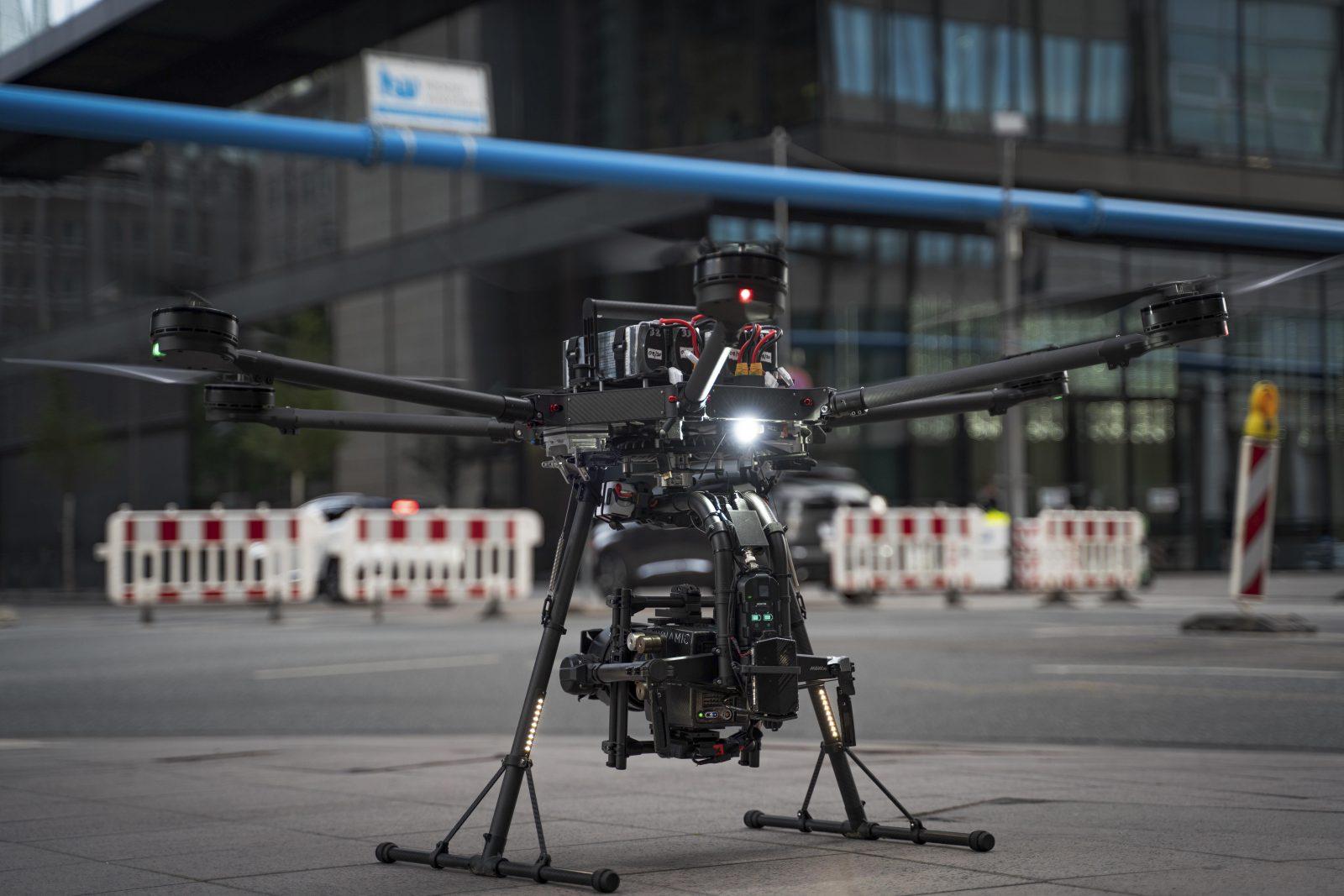 Drohne Frankfurt von SKYNAMIC Porter AltaX Hexacopter